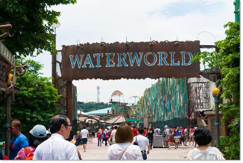 waterworld01.jpg