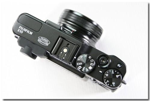 1005FUJIFILMX10-2.jpg