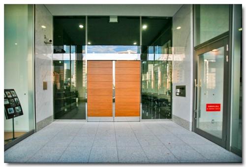 Entrance07B.jpg
