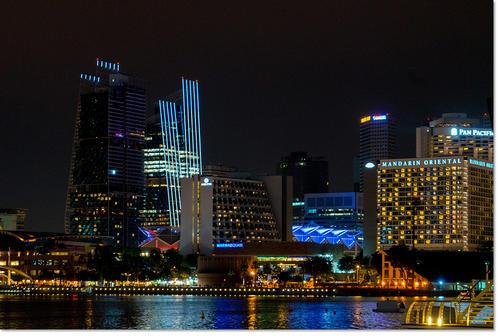 singapole03.jpg