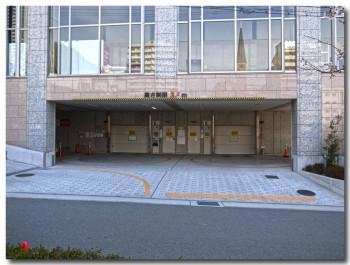 20120408parking.jpg