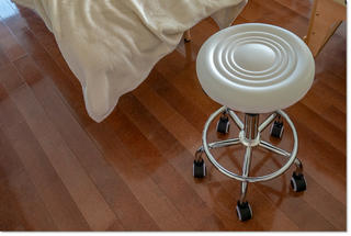 キャスター付丸椅子