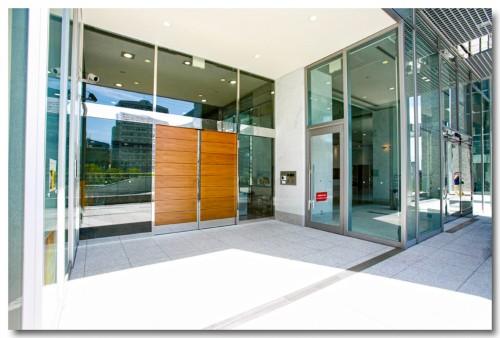 Entrance00B.jpg