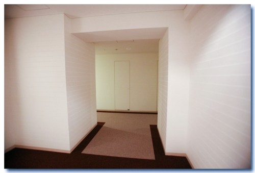 Entrance17B.jpg